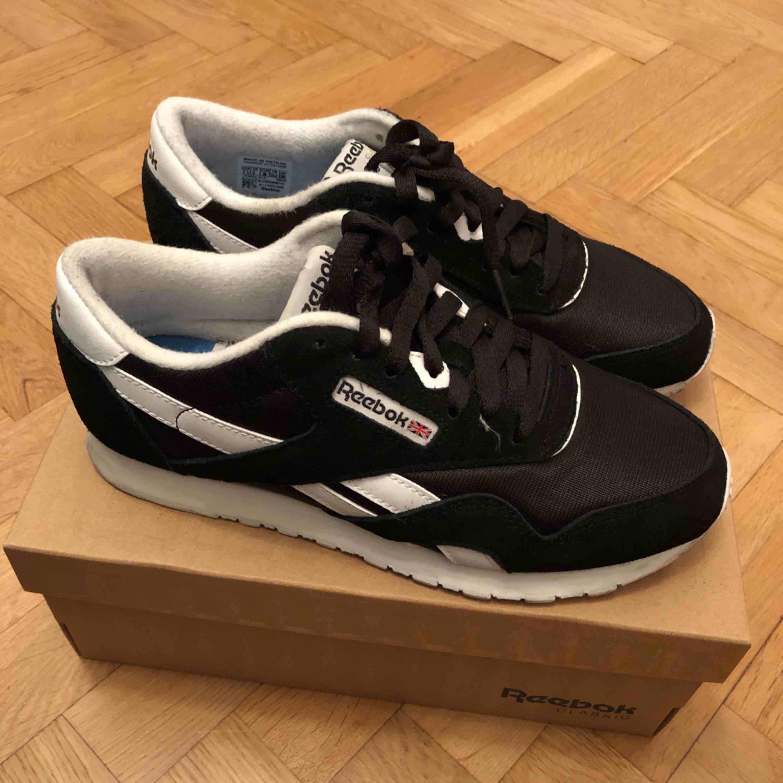 becc5a1d16c Sneakers från Reebok storlek 38. Möts upp i Stockholm eller postar, köparen  står för