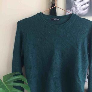 Så himla fin grön stickad tröja från brandy Melville