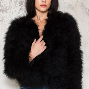 Pälsjacka, dream jacket i storlek S💫 kan tänka mig att byta mot annan pälsjacka!⭐️ skriv för egna bilder!✨