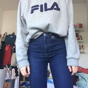 "Jeans i modellen ""Oki slim high waist"" från monki, superskick!"