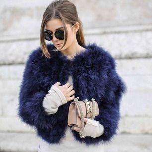 Säljer min fina WOS fur jacka , använd 3-4 gånger .  Då jag själv inte längre passar i den !  Köparen står för frakten eller möts upp i Göteborg 😊