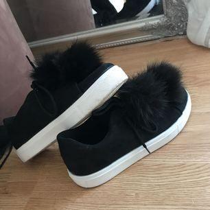 Jättefina Bianco skor, använda en gång. Köparen står för frakten.