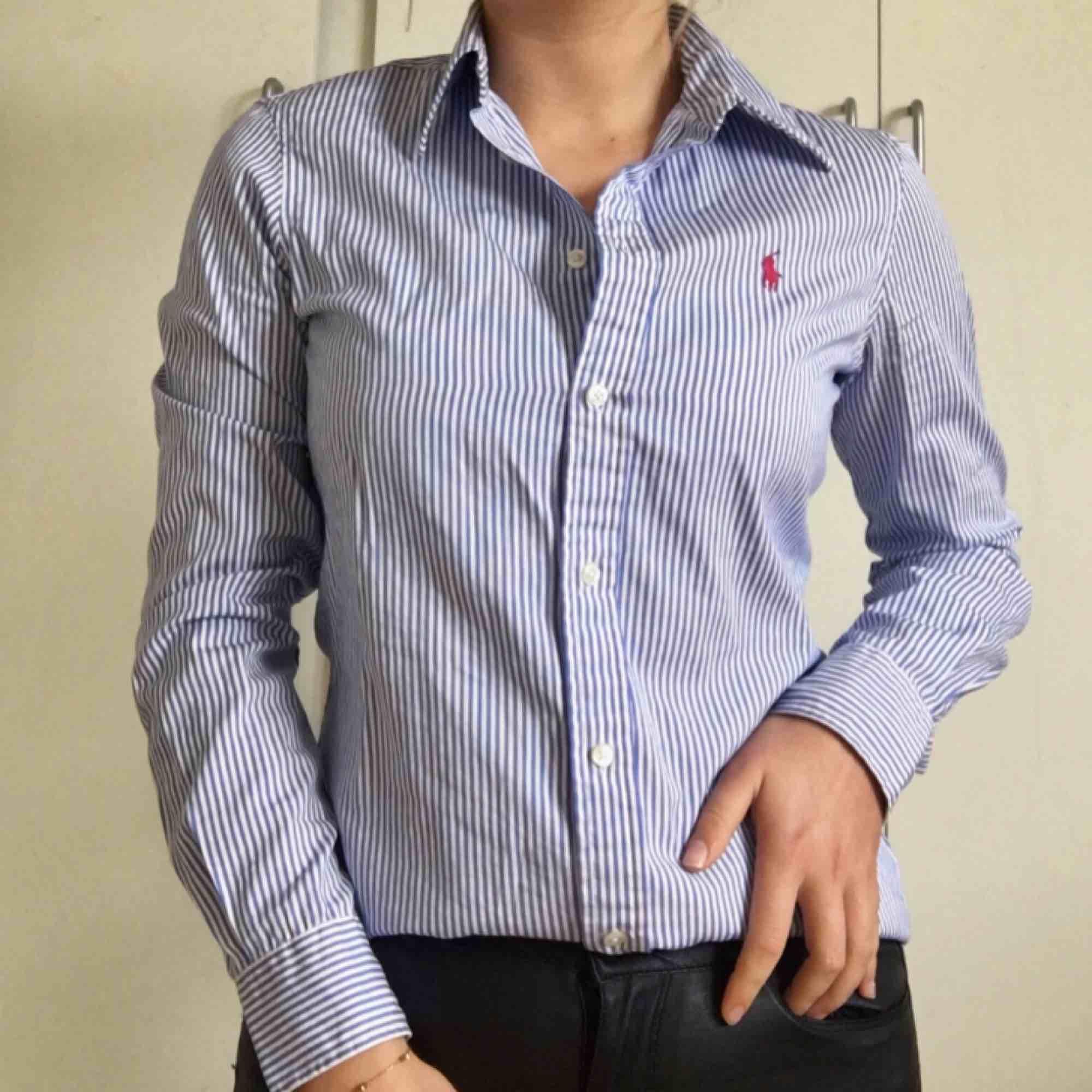 Klarblå vit randig Ralph Lauren - Ralph Lauren Skjortor - Second Hand 293cea09659fd