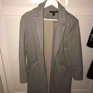 Säljer en kappa ifrån Zara. Strl 34✨