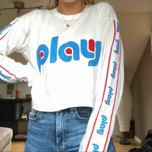Superfin långärmad tröja från Carlings, märket Stay. Använd typ 2 gånger så i nyskick🤘🏼 frakt står du för💛