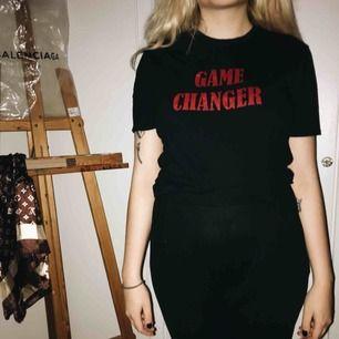 Game changer, oanvänd tröja från Motel med lite stranger things vibe på texten. ❣️ kan fraktas