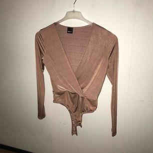 Silkes body från Gina. Frakt tillkommer. Använd 1 gång