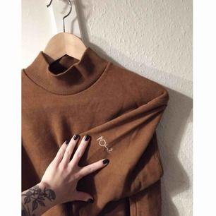 Helt oanvänd Polar Skate Co tröja, superfin och mjukt tjockt tyg. köpt för 500 så ett kap. köparen står för frakt.