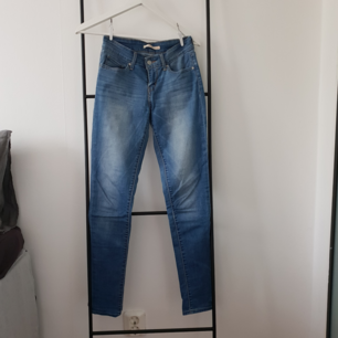 Skinny Levi's jeans.