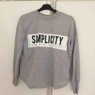 Simplicity! Köparen står för frakt!
