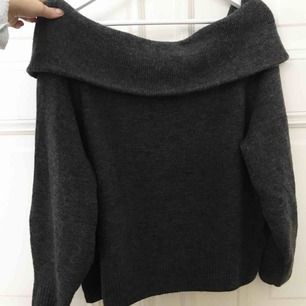 Super snygg off shoulder tröja från hm, toppen skick storlek M
