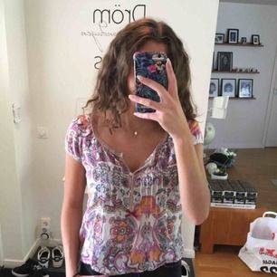 Odd Molly blus med jättefint mönster, fint skick