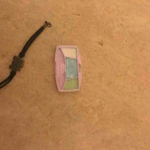 """🙉-armband & """"barn""""ögonskugga💚 5 kr +Frakt för båda💚"""