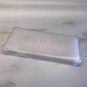 Antiknock skal för Iphone xs max! Säljer pga dubbletter! :)