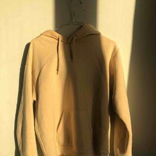 beige hoodie från topshop / S / mötes upp i Gbg / swish