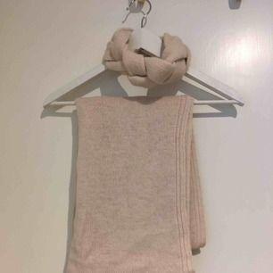 Tubhalsduk och pannband  Hämtas i Bromma eller skickas. Köparen står då för frakt.