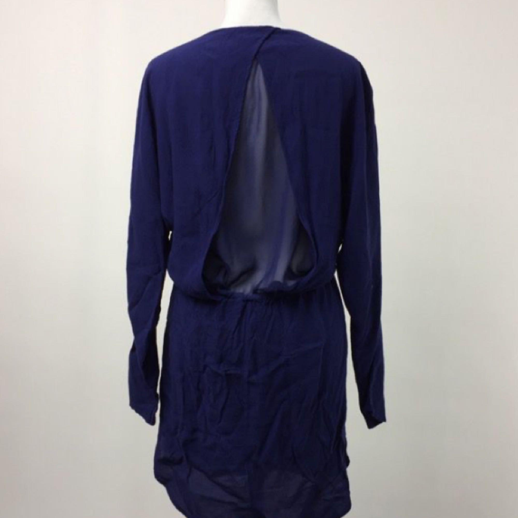 609375dcfafa Brukar använda den Mtwtfss weekday klänning i 100% cupro. Såååå fin kornblå  färg.