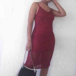 Röd klänning  59kr frakt