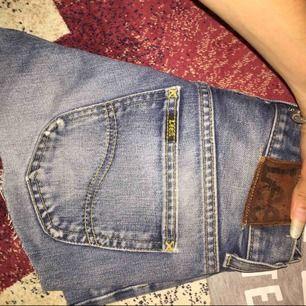 Retro LEE shorts äkta och fint skick :)
