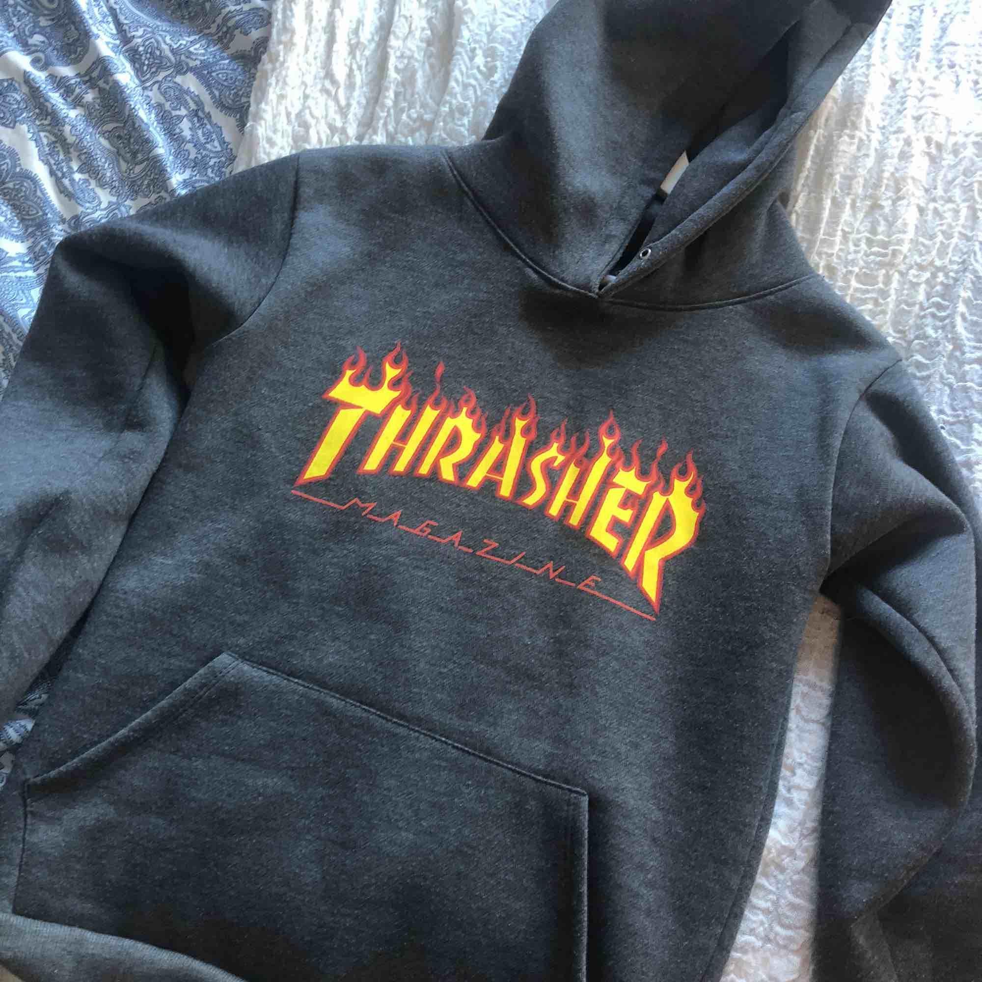 Trasher hoodie (kopia). Huvtröjor & Träningströjor.
