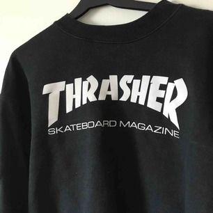 Thrasher sweater. Frakt ingår i priset.