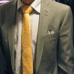 Kostym från Bläck. Använd men i väldigt bra skick