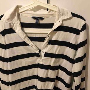 Gantskjorta i fint skick  Strl M