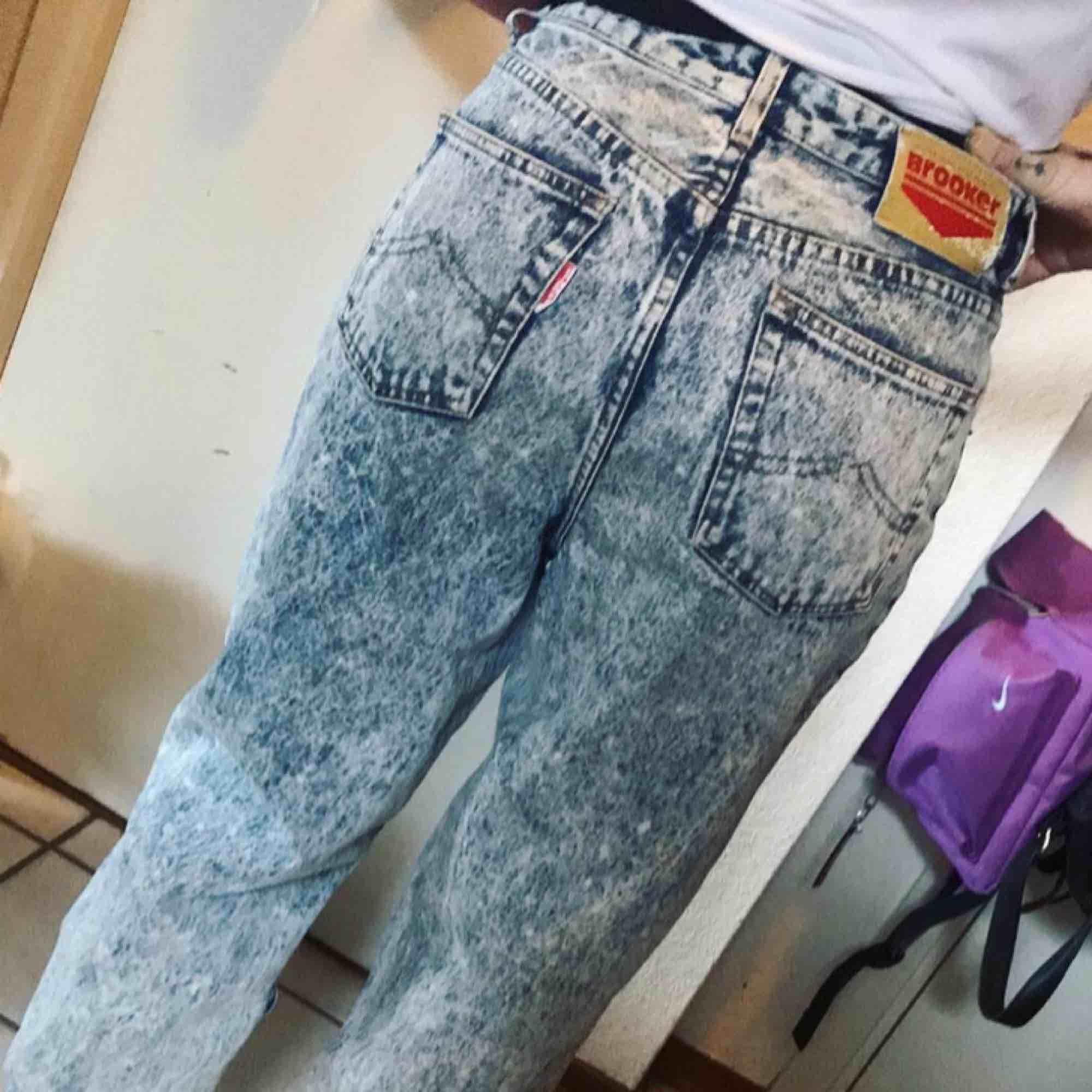 Snygga baggie jeans. Jeans & Byxor.