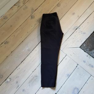 Svarta kostymbyxor från zara