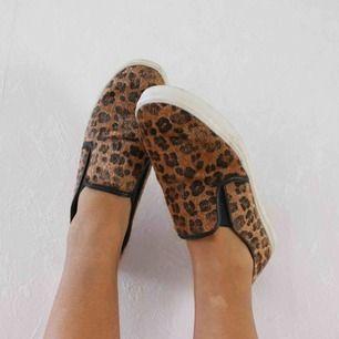 Snygga leopard skor 59kr frakt