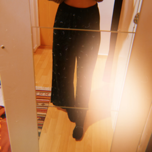 Ribbade, vida, byxor. Använda endast en gång, säljer pga att de är något för stora för mig.