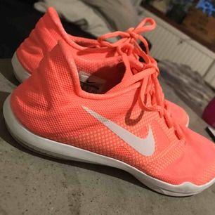 Nike gymskor i bra skick