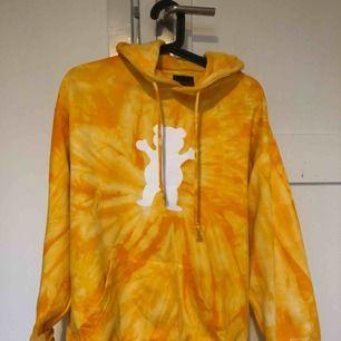 Grizzly x Diamond hoodie  Funkar för både S och M  Köparen står för frakten💎