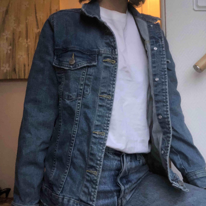 Jeans jacka från GinaTricot . Jackor.