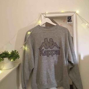 Sweater från Kappa, säljer pga använder tyvärr inte längre. Köparen står för frakt!