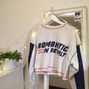 Sweater från Zara i perfekt skick! Köparen står för frakt