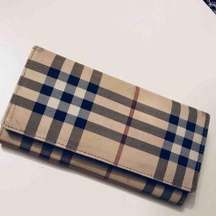 Plånbok, burberry kopia