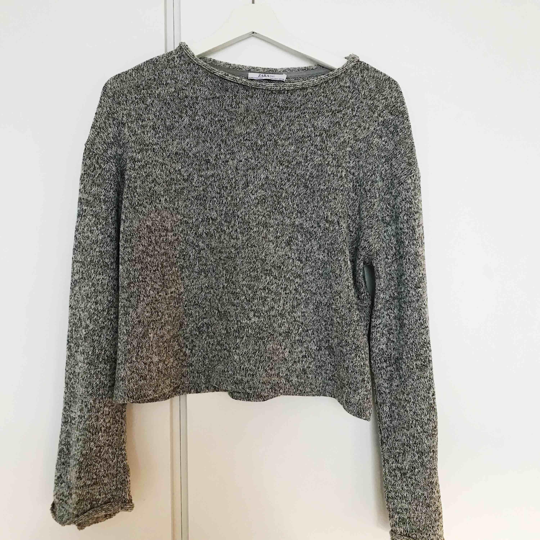 Finstickad tröja från Zara, använd 1 gång. Stickat.