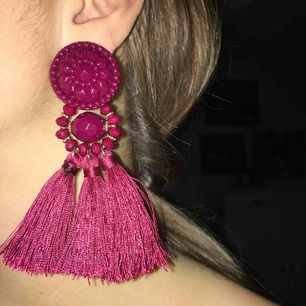 Vinröda örhängen från H&M 🥀 Fri frakt!