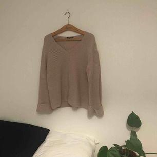 """Jättefin och skön tröja ifrån ginatricot, passar även mindre storlekar för en lite """"mysigare"""" look"""