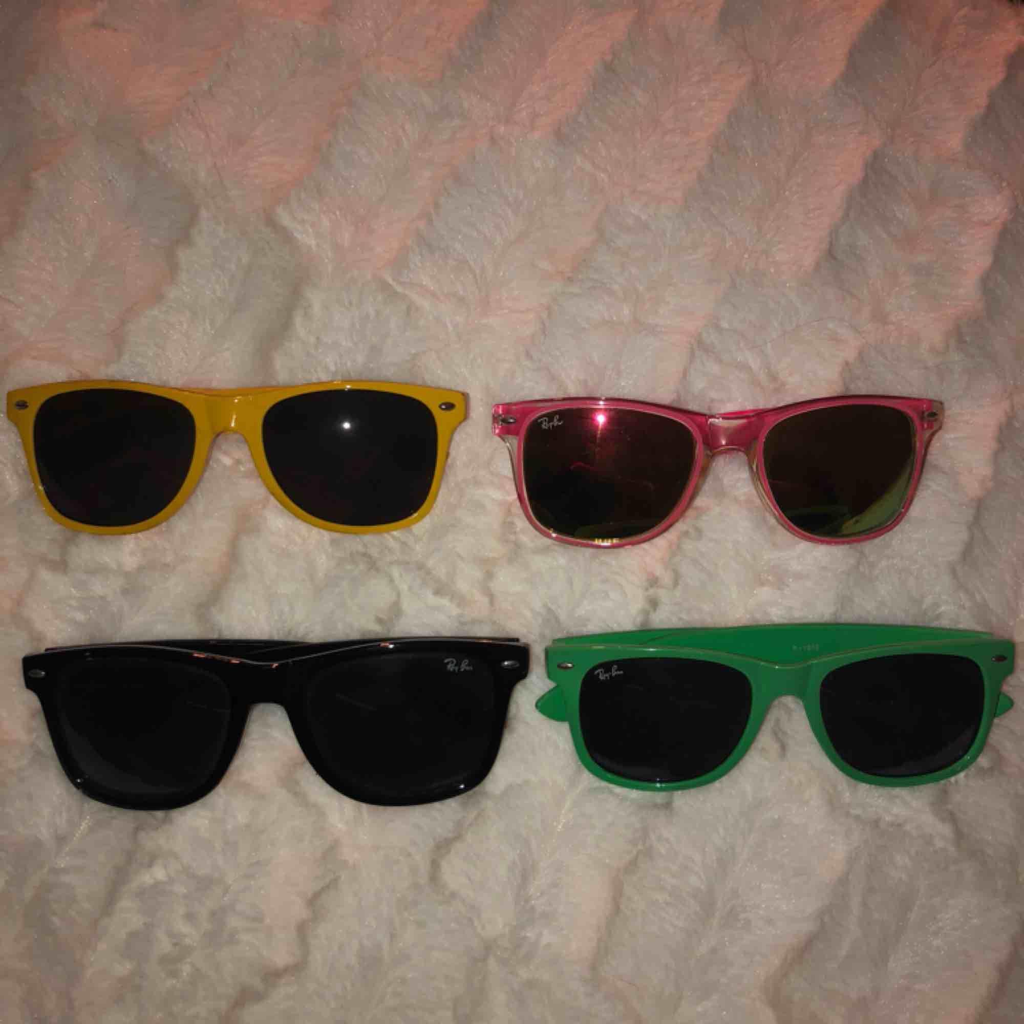 Fake Ray-Ban solglasögon i bra skick, 29kr st!. Accessoarer.