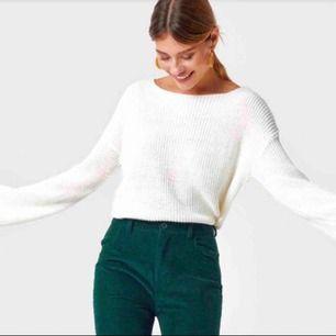 Stickad tröja från NAKD, använd få gånger