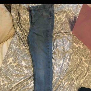 ljus blåa Molly jeans knapps använda highwaist stretch