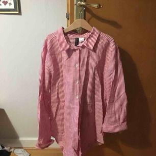 Skjorta från hm aldrog använd