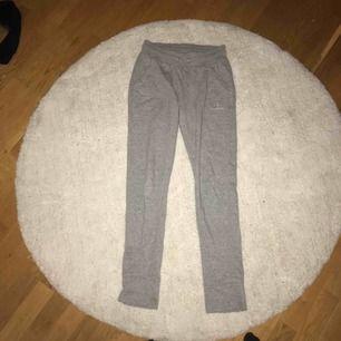 Snygga hummer eller mjukis byxor i storlek (märket storlek) 14 years snare xs