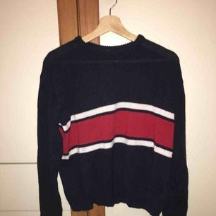 Stickad tröja från Brandy Melville. 💖 One Size