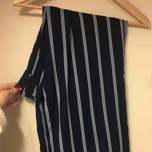 Kostymbyxor ifrån hm randiga, supersnygga
