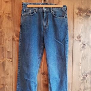 Weekday  Voyage jeans