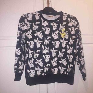 fett cool pikachu tröja