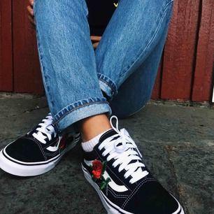 Intresse koll!! Funderar på att sälja dessa skor då jag inte använder dom längre. Dessa är customer made